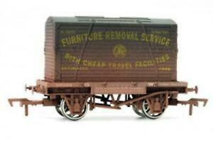 Dapol-4F-037-008-OO-Gauge-GWR-Conflat-Wagon-amp-Container-K-1674-Weathered
