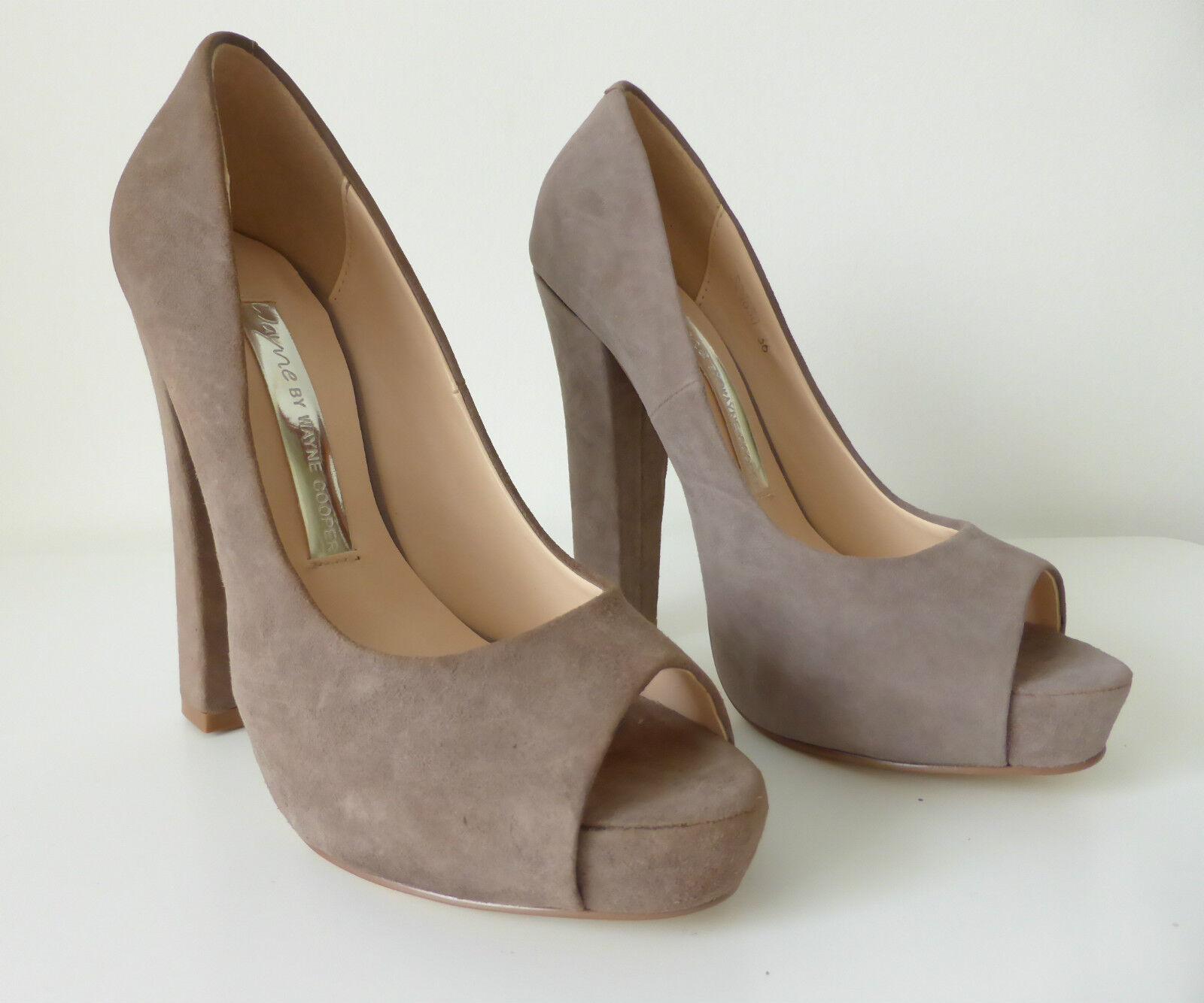 WAYNE COOPER - NWT -  Taille 36 chaussures Suede Peep Toe Block Heel Pumps