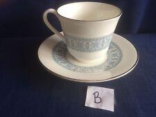 Royal Doulton contrappunto TEA CUP & SAUCER (alcuni dorati Wear) B
