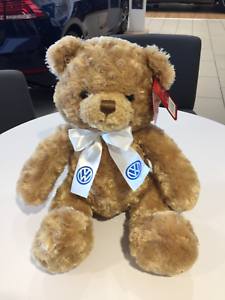 Volkswagen New Genuine Bramble teddy bear soft toy Volkswagen Ruban Keel Toys 							 							</span>