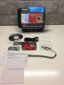 Polaroid-iD516-12MP-High-Def-Zoom-Waterproof-Digital-Camera-Red