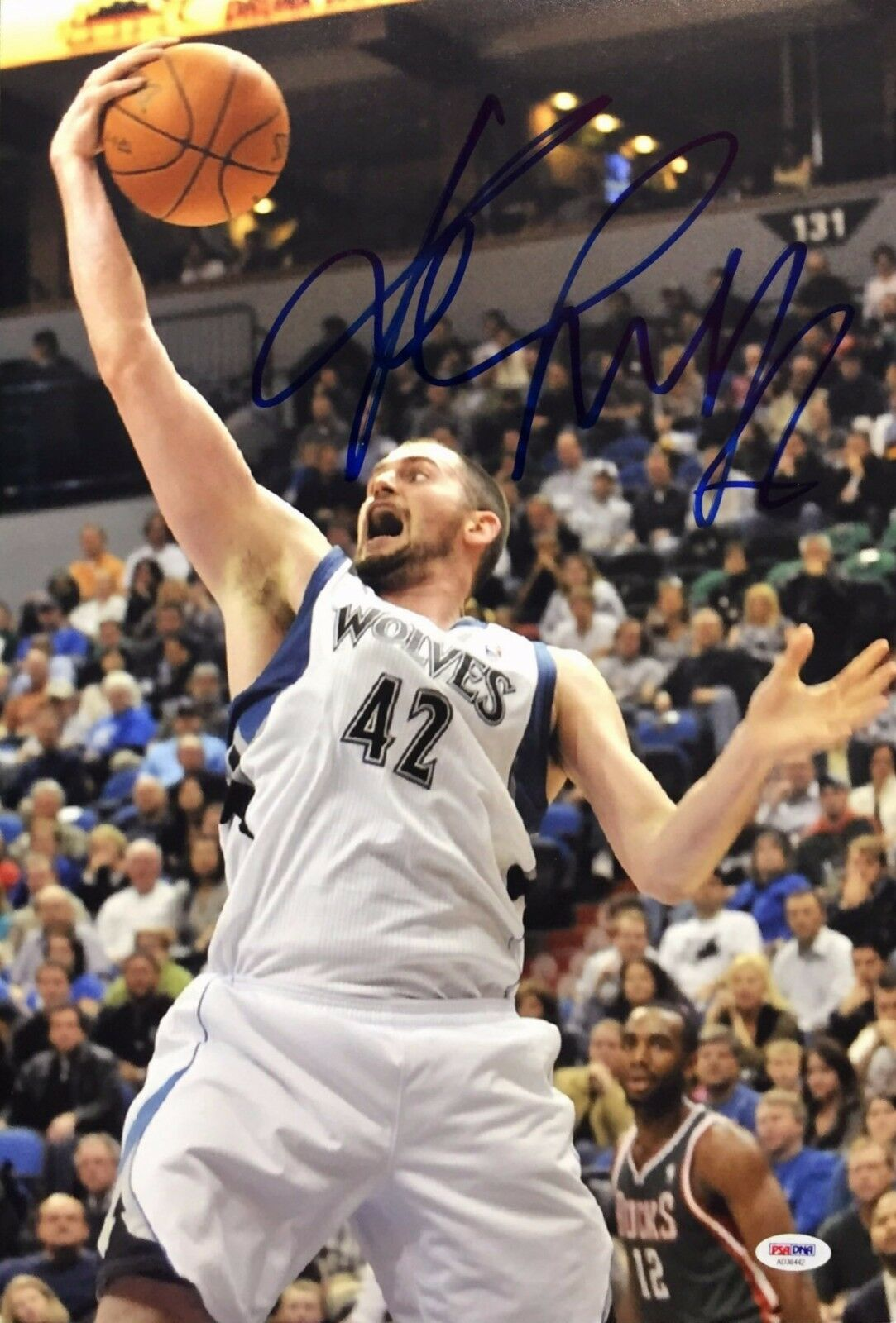Kevin Love Signed Minnesota Timberwolves Basketball 12x18 Photo PSA AD38442
