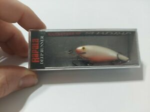 RARE RAPALA SHAD RAP SR-5 PW PEARL WHITE SPECIAL NIB FISHING LURE SR-05 MINT