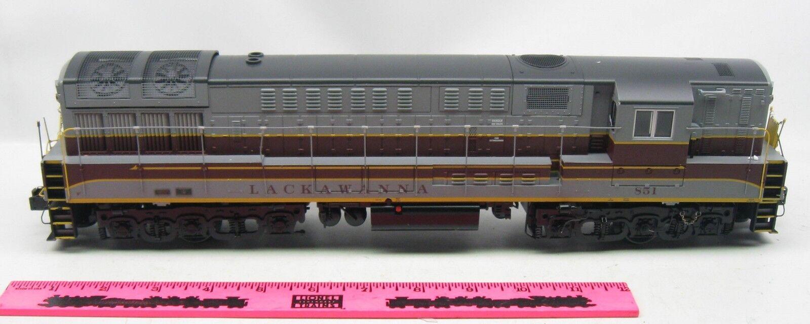 Lionnelle - - - 851 lacavana diesel falso 812