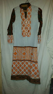 En Herbe Rétro Vintage? Asiatique Robe Orange/blanc/marron Brodé Avec Bijoux 32 Tour De Poitrine-afficher Le Titre D'origine