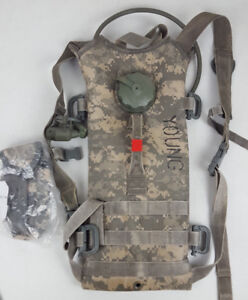 Army-Mollie-II-Hydration-System-Carrier-W-Bladder-Issued-Young-Flash-Bang