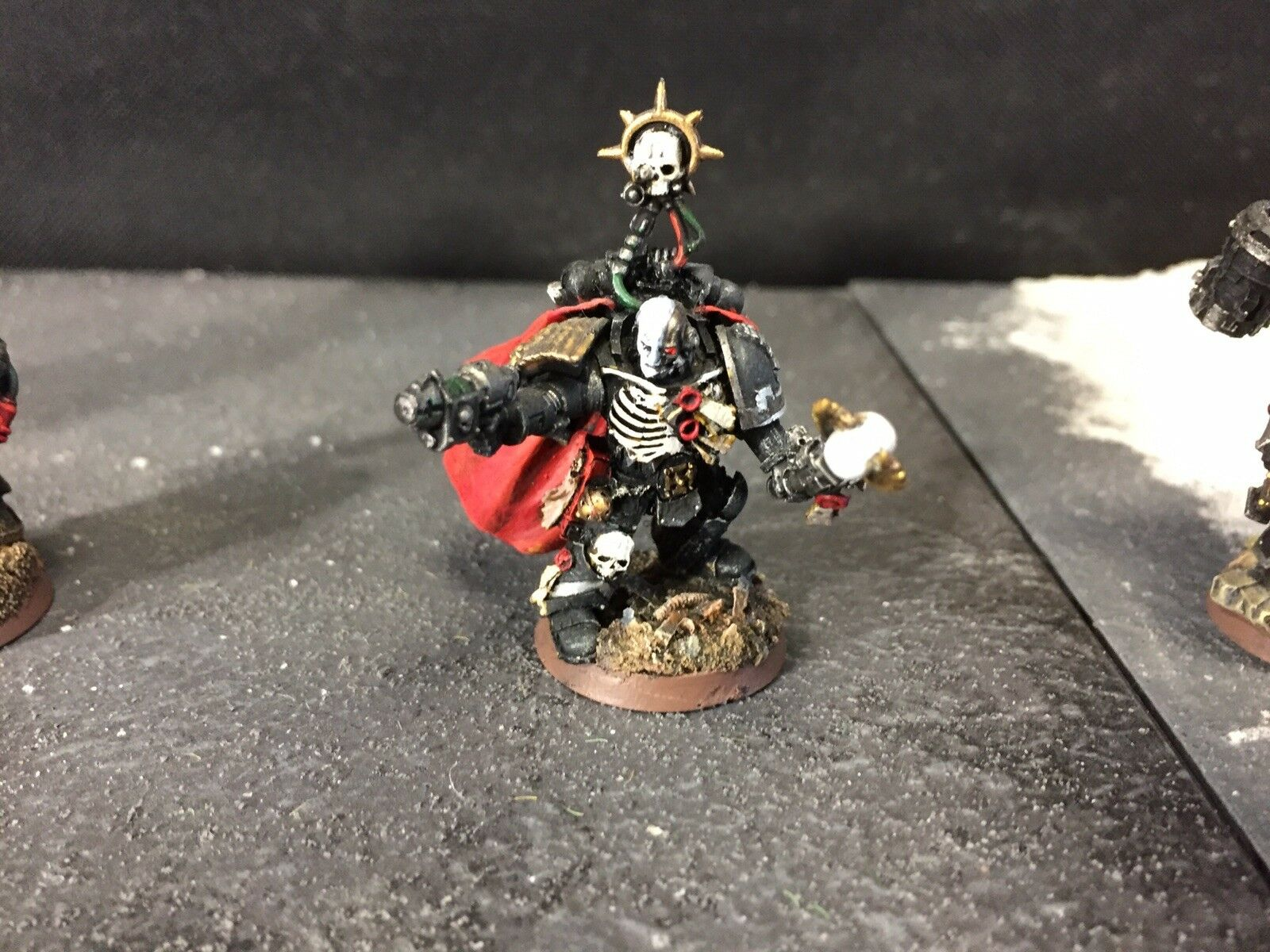 Iron Hands Captain Pro Painted