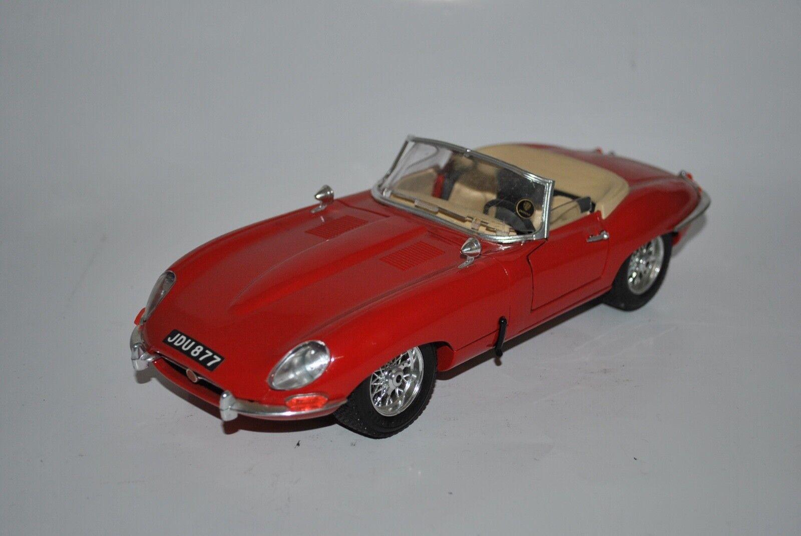 Burago Jaguar e 1961 1 18 1 18