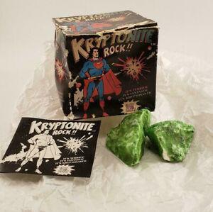 Vintage-1977-Superman-Kryptonite-Rock-in-Original-Box-DC-Comics-Glow-in-Dark