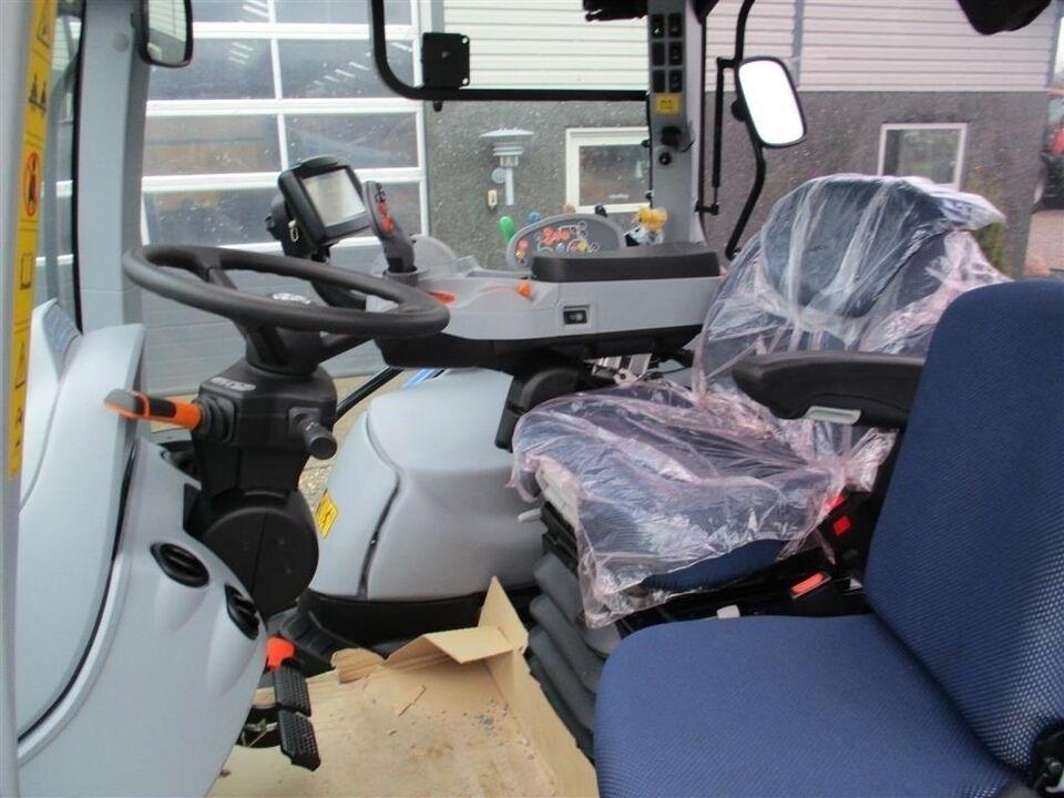 New Holland, T6.145 AC AutoCommand NY overgemt traktor,