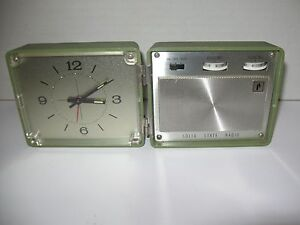 1960s JC Penney Travel Alarm Clock AM Transistor Radio Olive Green Collectible