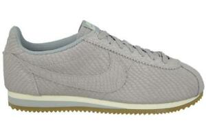 official photos b2561 df7b5 Image is loading Mens-NIKE-CLASSIC-CORTEZ-LEATHER-PREMIUM-Trainers-861677-