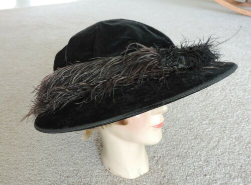 Antique / Vintage Edwardian Black Velvet Wide Brim