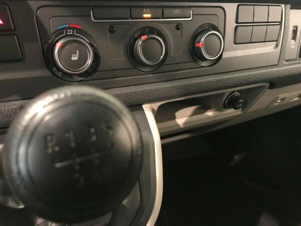 VW Transporter 2,0 TDi 102 Kassevogn kort - billede 4
