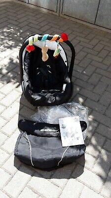 Adbor Babyschale Schwarz/weiß Ideal Für Auto, Zum Tragen Und Zum Einkaufen Durchblutung GläTten Und Schmerzen Stoppen