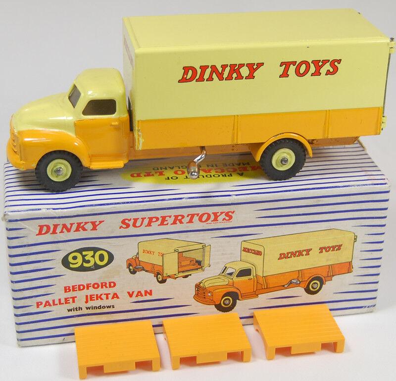 1960 DINKY #930 BEDFORD PALLET JETKA VAN W/ PALLETS near-MINT W/ EXC BOX