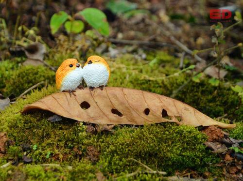 Two Birds Sitting On Leaf Figurine Ornament Statue Home Garden Decor