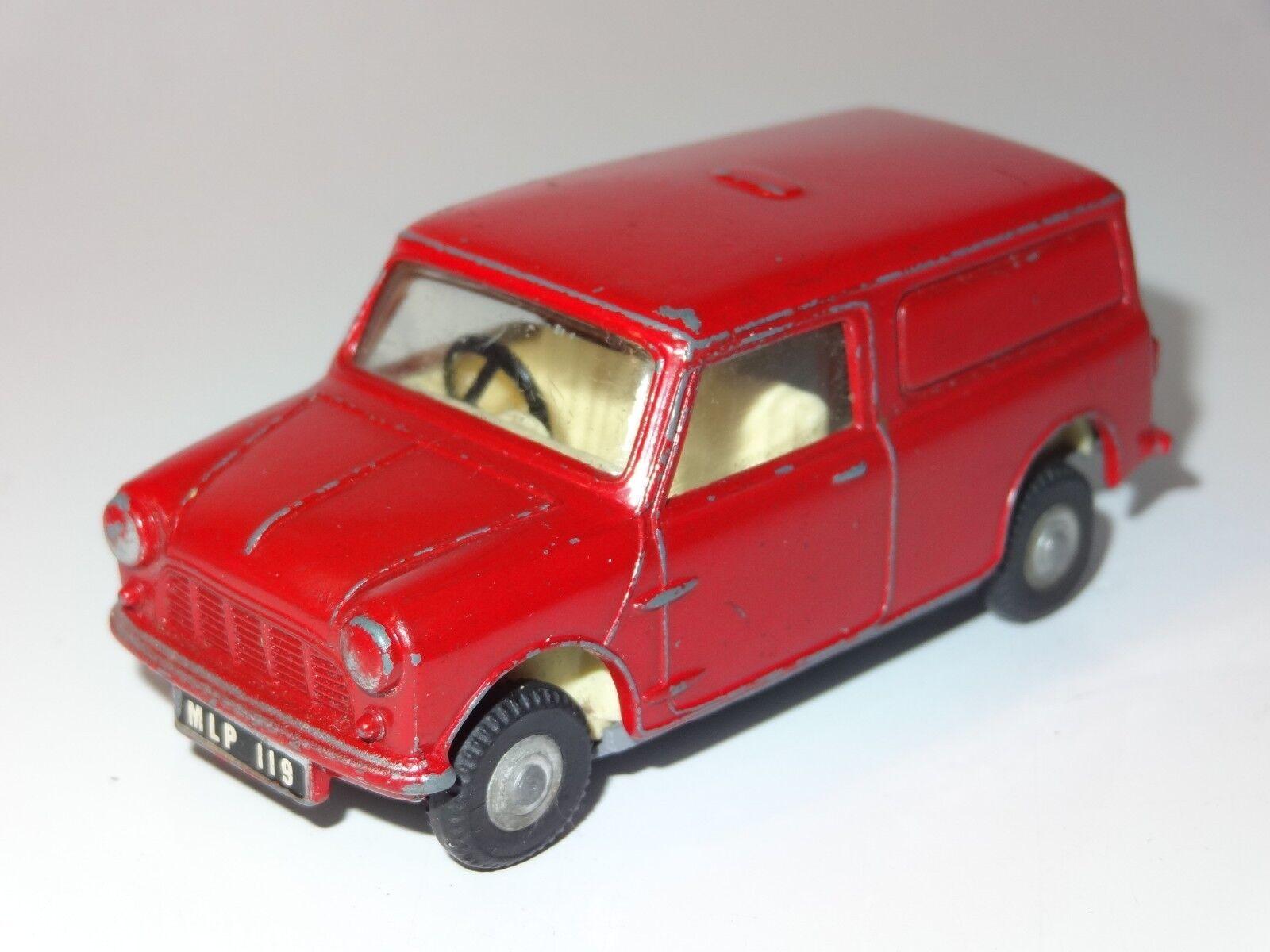 (D) TRIANG Spot On Mini Van Royal Mail - 210 1