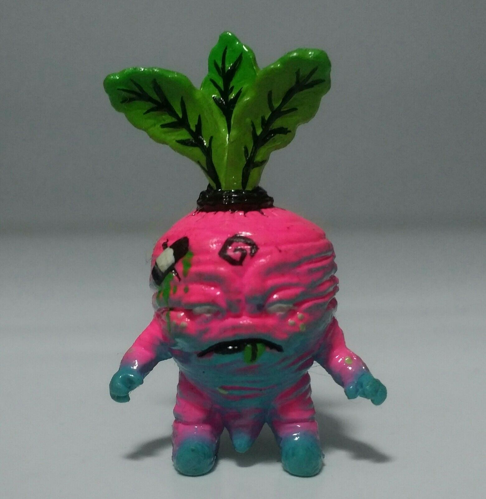 Ardabus Rubber - Deadbeet 1.5  by Scott Tolleson LE 20 Kidrobot