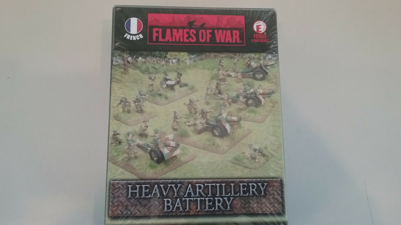 1 100 ( 15mm ) scale WWII French  Heavy Artillery Battery