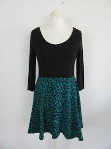 Robe-noire-et-verte-H-amp-M-en-tres-bon-etat-taille-42-EUR