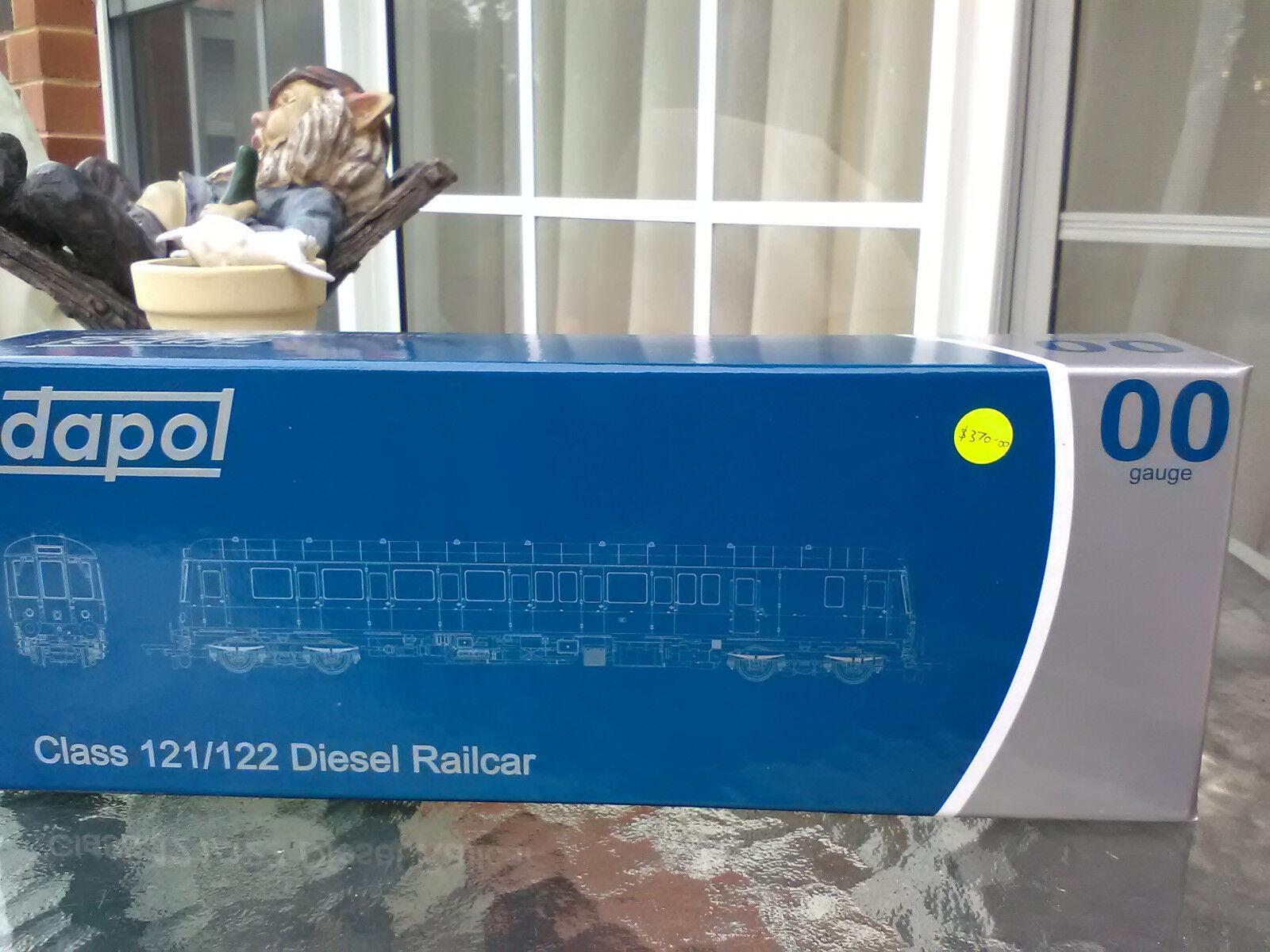 Dapol OO gauge 4D-009-001 Class 121 Bubble Bubble Bubble diesel railcar BR verde whiskers BNIB a21d97