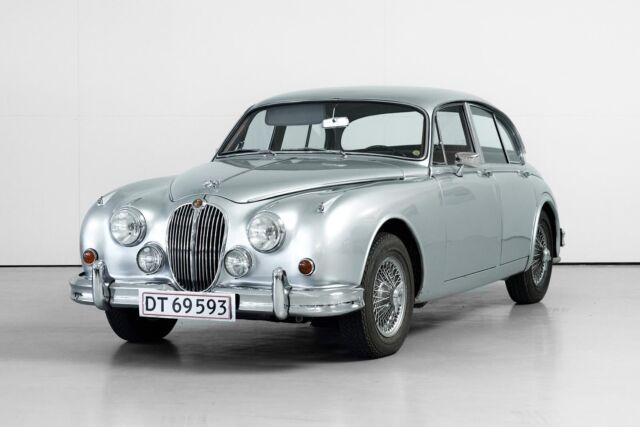Jaguar MK. II