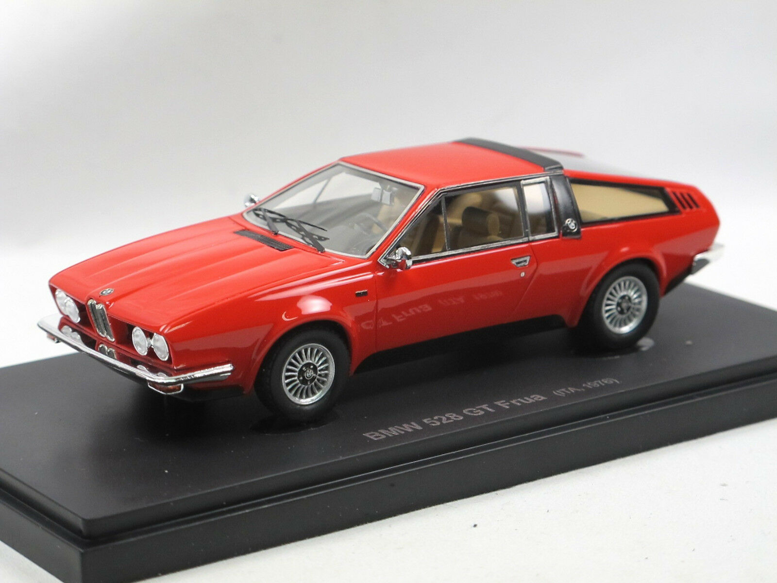 Avenue 43 autocult 60014 - 1976 BMW 528 GT Frua rojo LIMITED EDITION 1 43