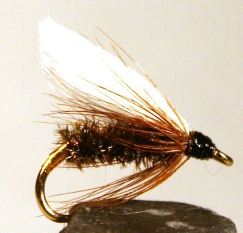 ICE FLIES. Wet flies. Coachman. Pick a size (4-pack). Available in size 8 - 16.
