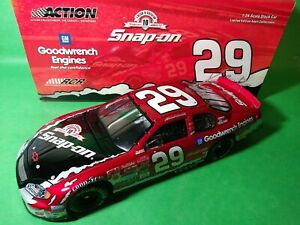 Action-1-24-29-Kevin-Harvick-Snap-on-GM-Goodwrench-2003-Monte-Carlo