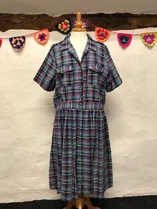 VINTAGE-BLUE-TARTAN-DRESS-PLUS-SIZE-22-100-COTTON-BUTTON-THROUGH-CUTE-RETRO