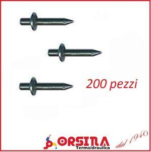Chiodi a percussione temperati in acciaio 4x18 e 4x22 mm 200 pezzi UNIFIX