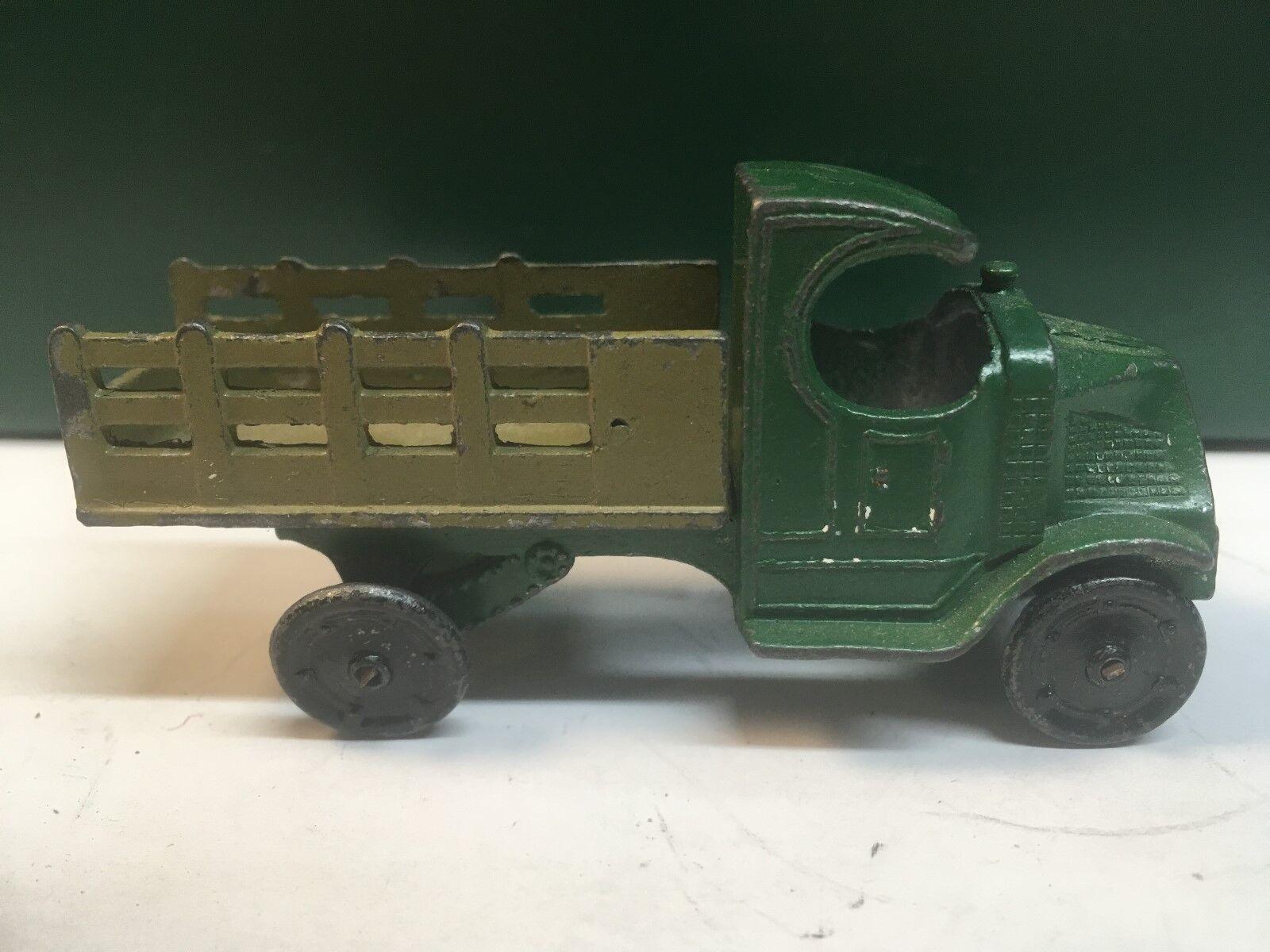 Tootsietoy Mack  C  Cab toy truck