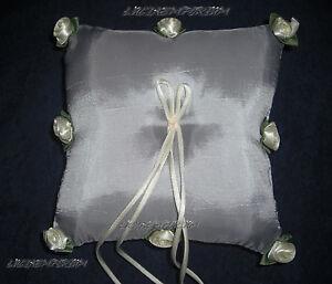 Cuscino Portafedi Nozze D Argento.Dettagli Su Portafedi Cuscino Per Le Fedi Sposa Matrimonio Veli Nozze D Argento