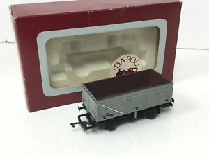 Dapol-B10-OO-Gauge-BR-7-Plank-Open-Wagon-P130288
