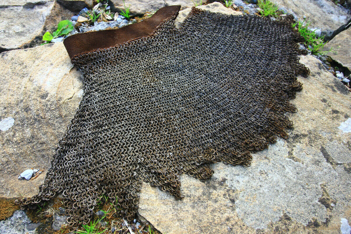 Late Medieval 6mm riveted chainmail dagged aventail for bascinet helmets etc