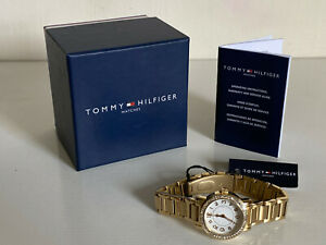 NEW-TOMMY-HILFIGER-WHITE-DIAL-CRYSTALS-BEZEL-GOLD-BRACELET-WATCH-1781477-145