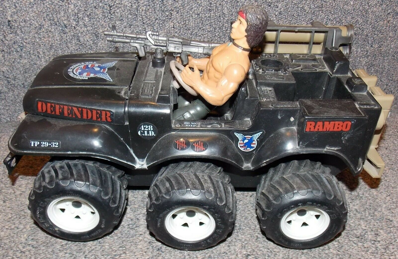 Vintage 1985 rambo action figure y defensor del vehículo