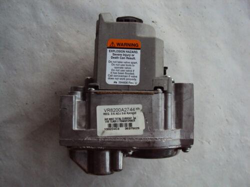 Honeywell VR8200A2744 Gas Valve