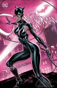 SOLD-OUT-CATWOMAN-80TH-ANNIVERSARY-CAMPBELL-MODERN-EXCLUSIVE