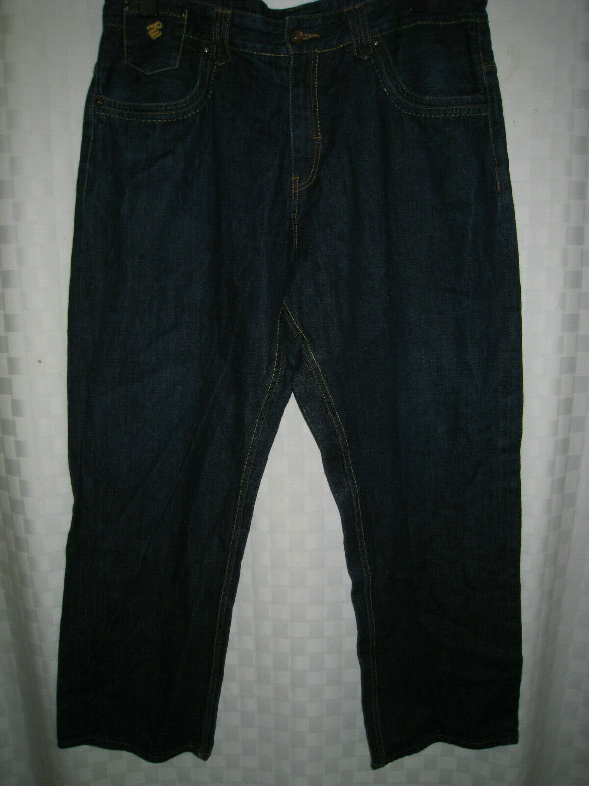 ROCAWEAR DENIM CO.blueE JEANS PANTS  MEN SIZE 42  x 33  NICE RARE