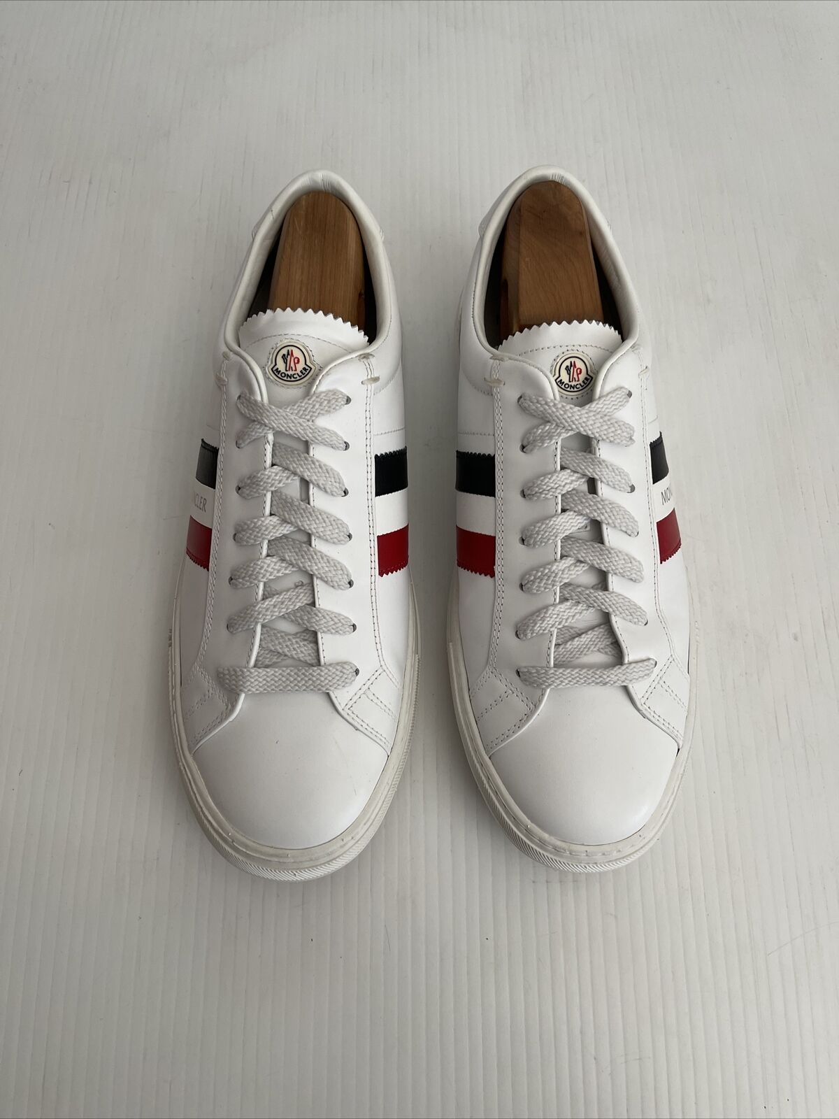 Moncler Mens 'New Monaco' Low Top Sneaker - White / Red / Blue - 43 / 10US (A25)