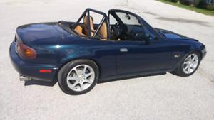 1994 Mazda Miata MX-5 - M Edition