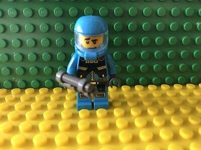 LEGO Alien Conquest 7049 Defense Unit Soldier Minifigure NEW