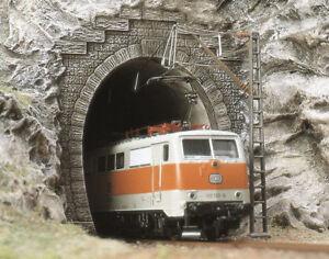 2 Tunnel Portals + tube holder N gauge Railway Scenery Busch 8191 - free post F1 4001738081916