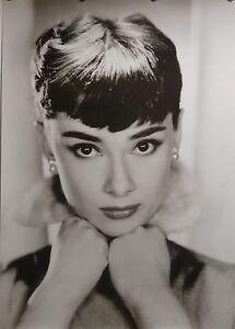 Audrey Hepburn Classic star Art Silk Poster 12x18 24x36 24x43