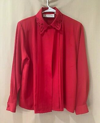 Vntg Red Short sleeve cut out hidden button Sz 12 Blouse Yves St Clair polyester