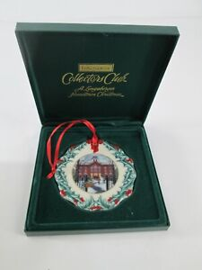 A Longaberger Hometown Christmas 1996 Christmas Ornament #EE063 Longaberger Collector/'s Club /'Longaberger University/'