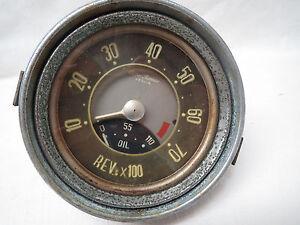 alfa romeo giulietta 7000 rpm tach oil pressure gauge dash. Black Bedroom Furniture Sets. Home Design Ideas