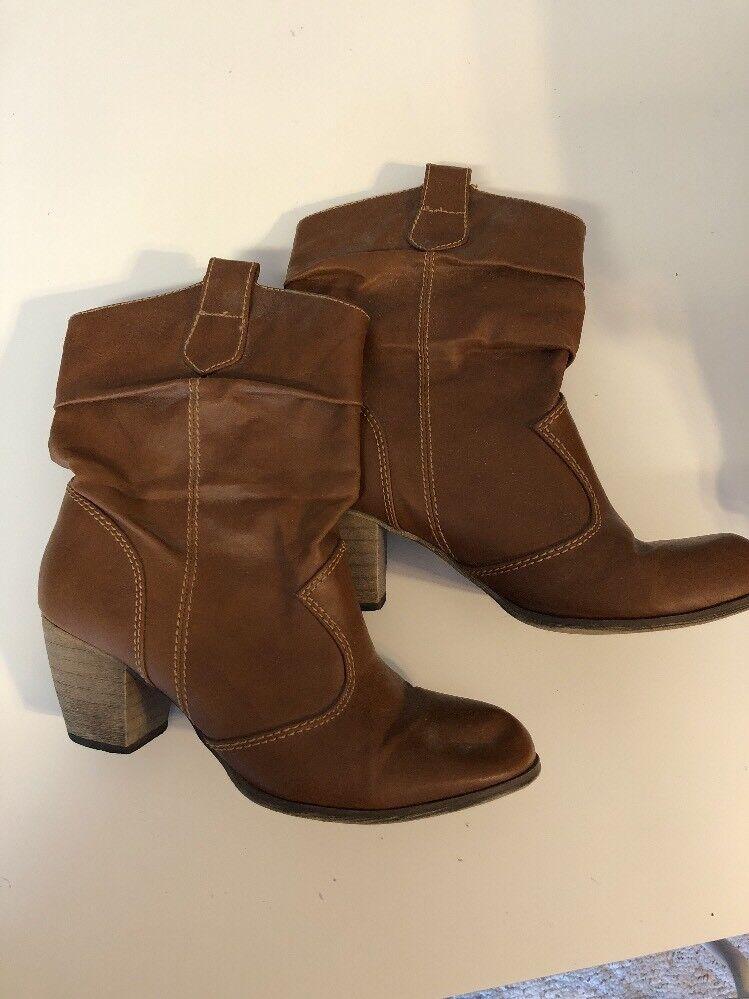 Ladies RAMPAGE Cognac brown boots size 7 1/2 M
